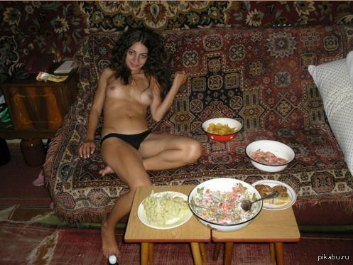 Русское фото девушек на фоне ковра курск фото 140-951