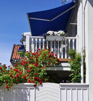 навес-маркиза для балкона
