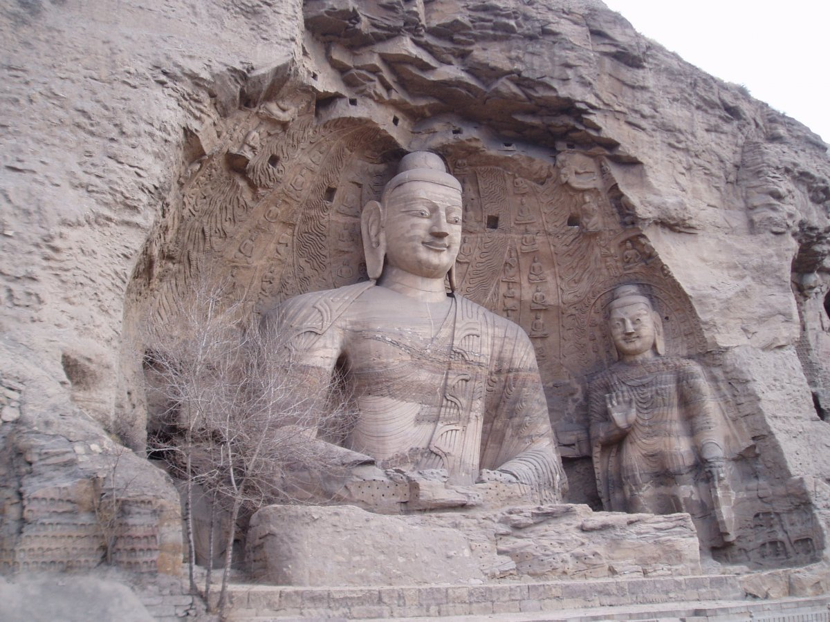see-the-ancient-buddhist-temples-at-the-yungang-grottoes-in-shanxi