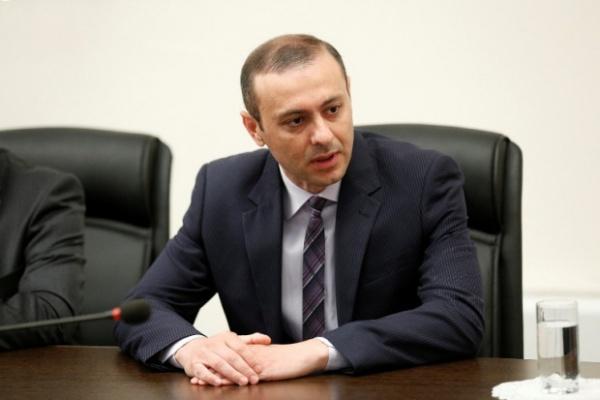 Кризис между США и Россией сужает маневры Армении: интервью секретаря СНБ
