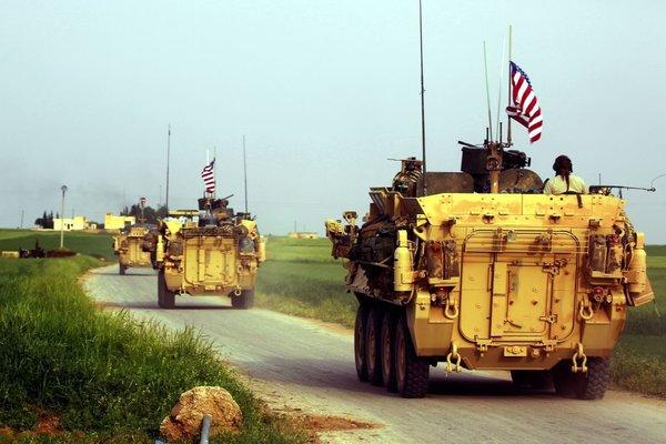 Что произошло с военной колонной США в Камышлы?