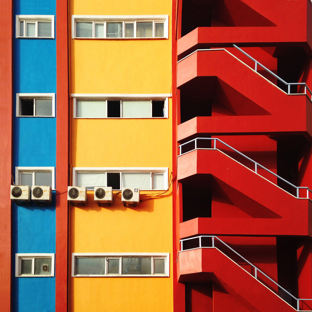 Яркие краски Стамбула в уличных фотографиях Йенера Торуна