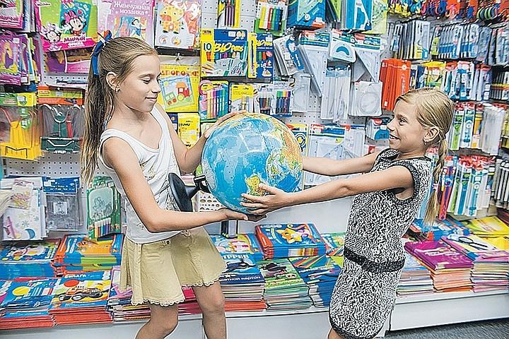 Роспотребнадзор запустит «горячую линию» для жалоб на школьные товары
