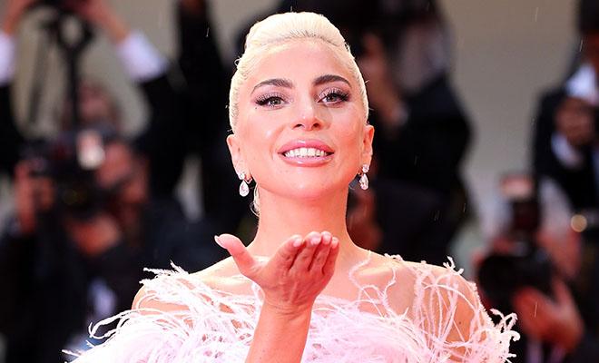 Леди Гага притворялась собст…