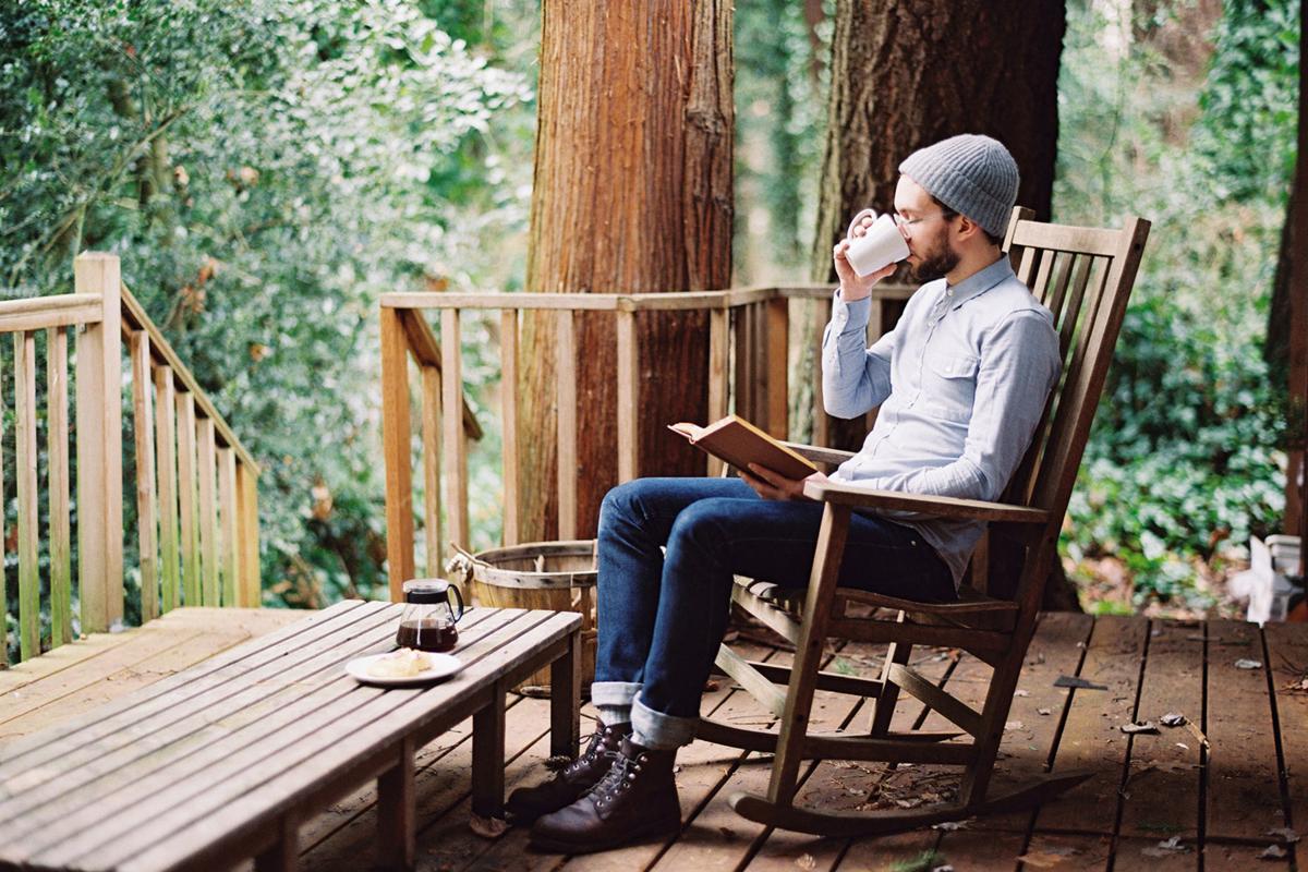 Правда ли что возраст делает людей интровертами?