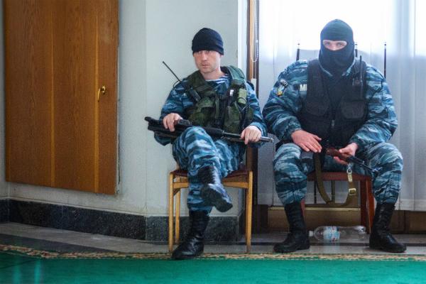 Бойцы расформированного новыми украинскими властями спецподразделения беркут из харькова обратились к властям крыма