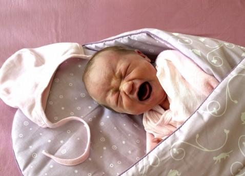 Колики у новорожденных и гру…