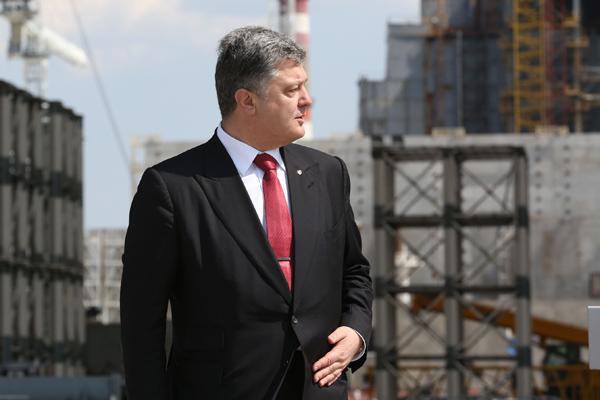 Порошенко начал искать пути отступления из Киева