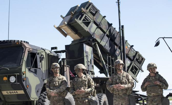 «Если НАТО захочет, то Россия не сможет сопротивляться».<br /> Проамериканские силы уверены в своем превосходстве