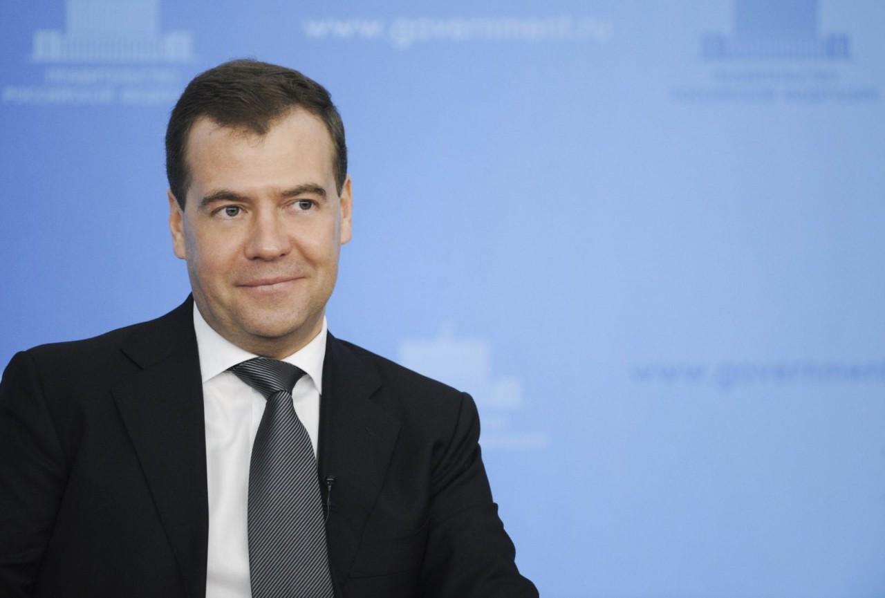 Средняя зарплата чиновника в России выросла до 111 тысяч рублей в месяц