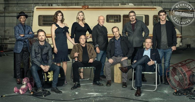 10 лет спустя: актеры культового сериала «Во все тяжкие» воссоединились для потрясающей фотосессии