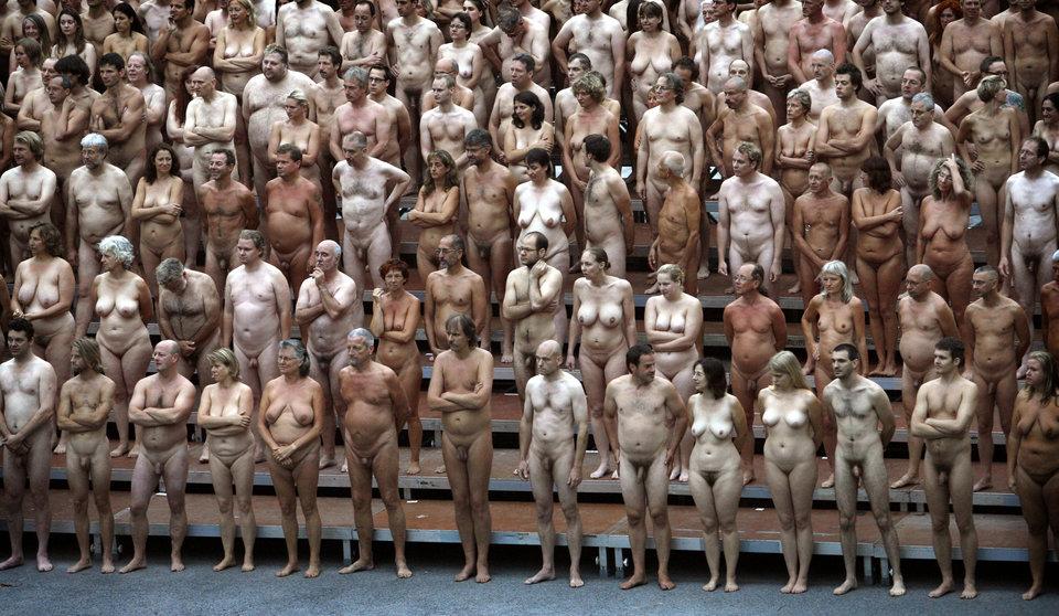 Фото обнаженных людей