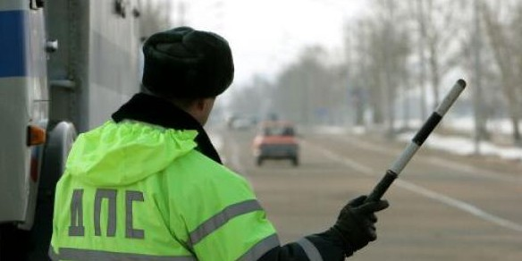 МВД предлагает забирать права за три нарушения ПДД