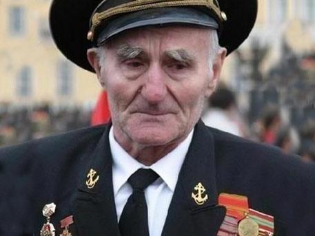 Львовским ветеранам предложили снять ордена в День Победы