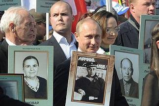 Энгдаль: Что заставило меня заплакать на русском параде Победы