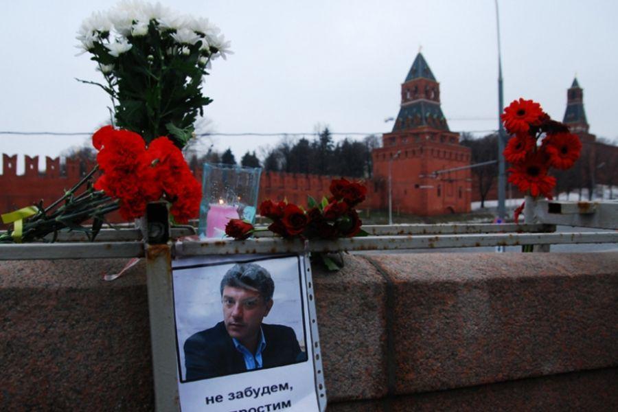 В Москве проходит прощание с Немцовым