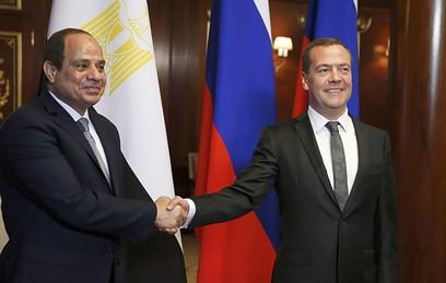 Медведев обсудил с президентом Египта отношения двух стран
