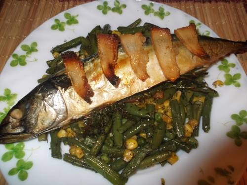Рецепт скумбрии, запеченной в духовкев разных видах.