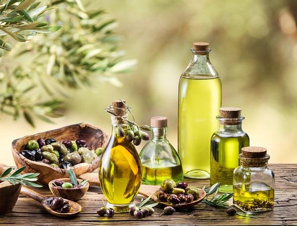 Преимущества и методы использования оливкового масла для роста волос