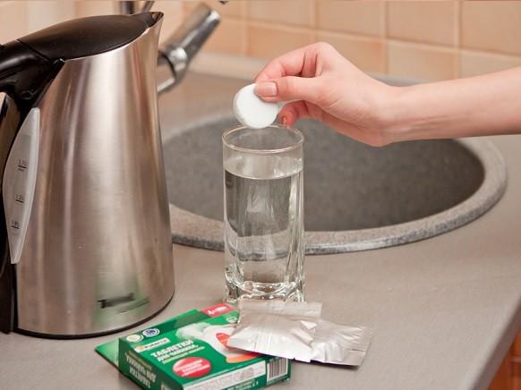 Чем отмыть электрический чайник от накипи в домашних условиях