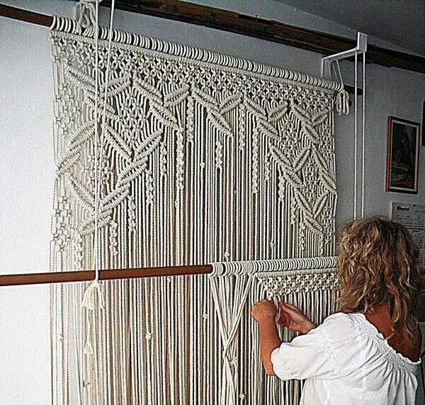 Необычные предметы интерьера в технике макраме