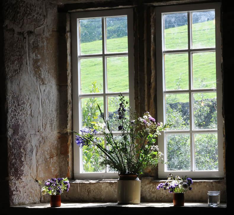 Мама любила чистые окна. Хор…