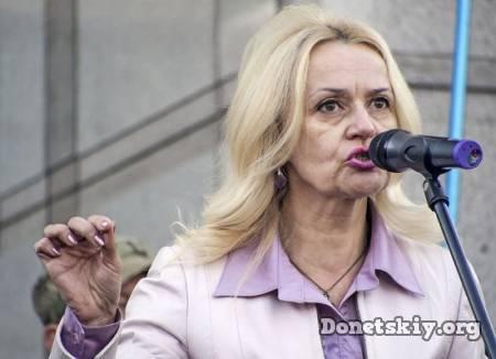 Фарион в бешенстве: Переселенцы с Востока Украины на переменах говорят по-русски