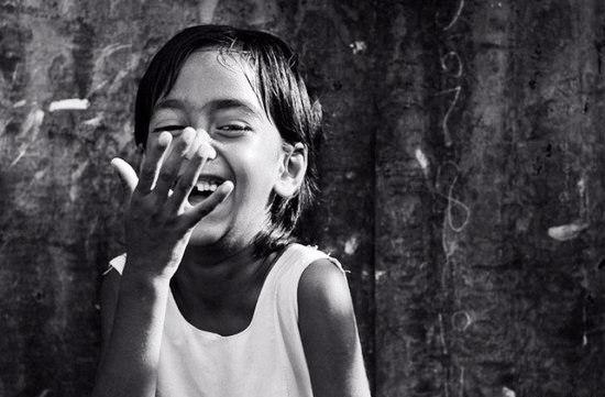 Все люди в мире улыбаются на одном языкe