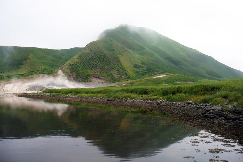 Остров Ушишир Забытые острова, курилы