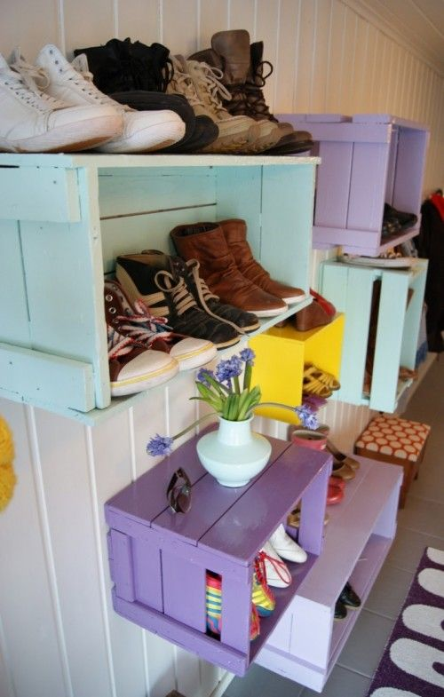 Store kids shoes (or anything else) on the walls with painted wine crates. I know exactly where to put this!!!