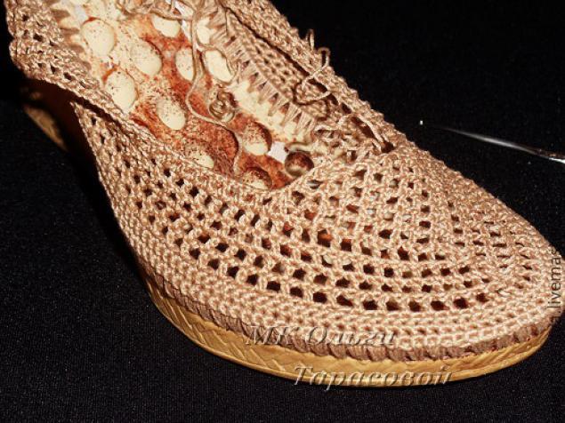 Реставрация обуви, вязаные босоножки