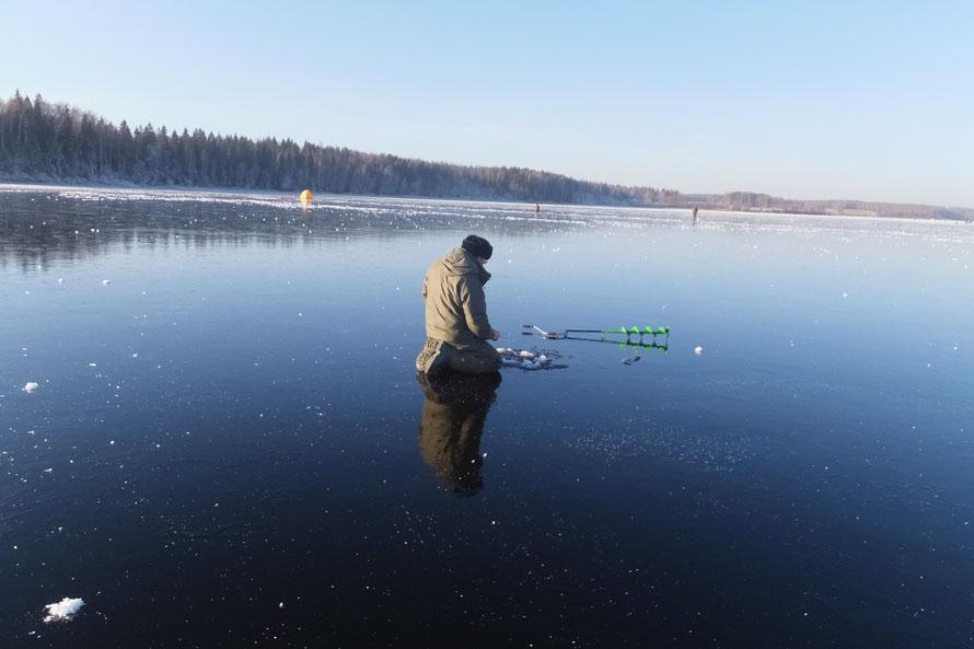 рыбалка с колен
