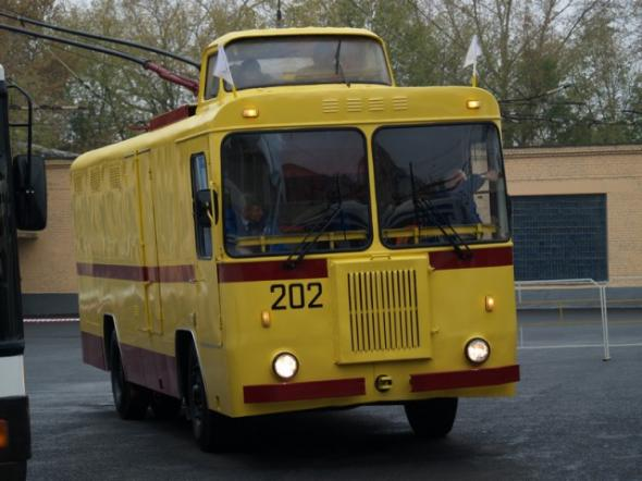 82 года Московскому троллейбусу. Фоторепортаж