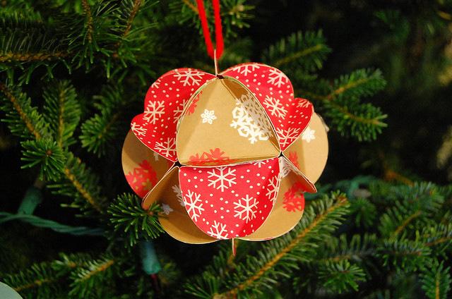 Paper Ball Ornament Tutorial