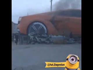В Дагестане сгорел 25-метровый Lamborghini
