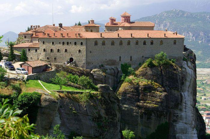 Фото Монастыри Метеоры, Греция. 11 (700x465, 80Kb)