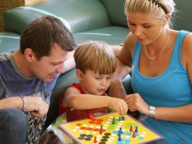 Общение ребенка со взрослыми