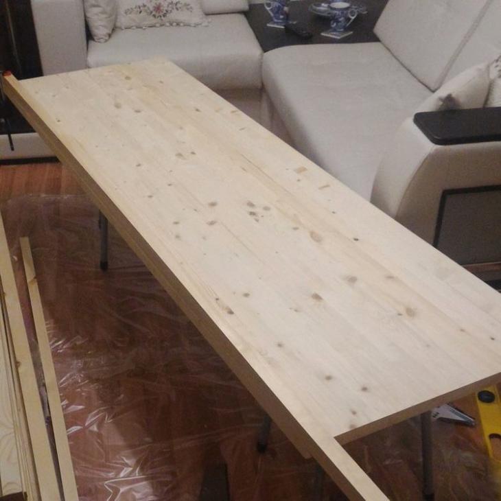 Делаем стол под телевизор