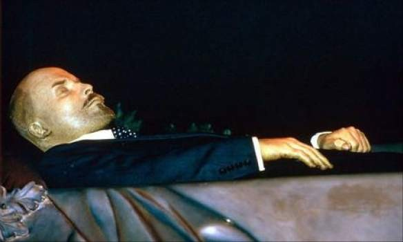 Тело Ленина в Мавзолее замен…