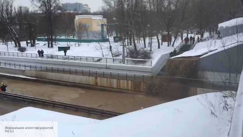 Тушинский тоннель в Москве з…
