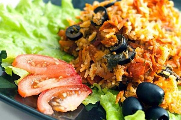 Ароматный рис в горшочках - вегетарианский плов
