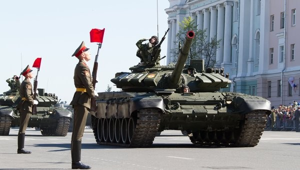 Более 70 танков Т-72Б3 поступит на вооружение ВВО в 2015 году