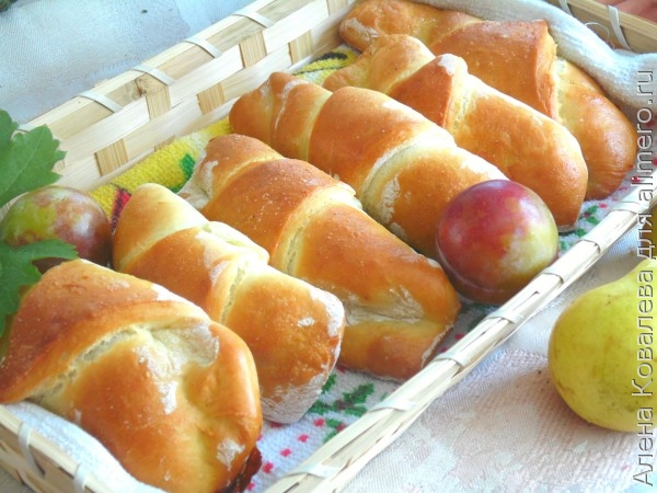 Рогалики с яблоками рецепт