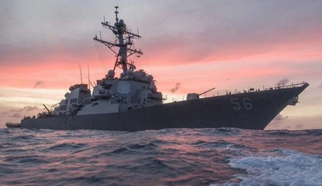 Эсминец США прошёл «мимо тёщиного дома». Юлия Витязева