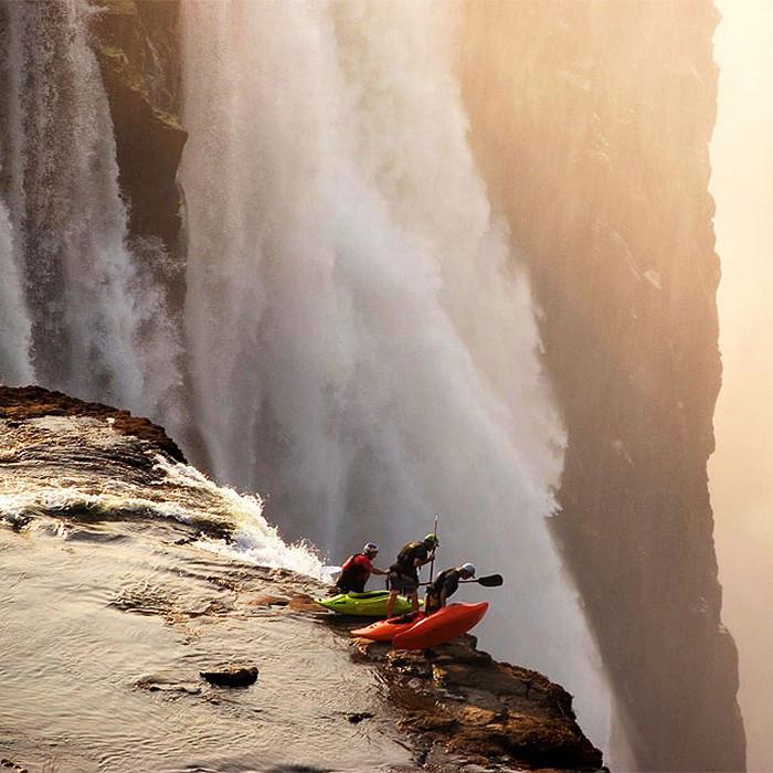 Экстремальный каякинг от фотографа Victoria Falls. дух, страшно, фотографии