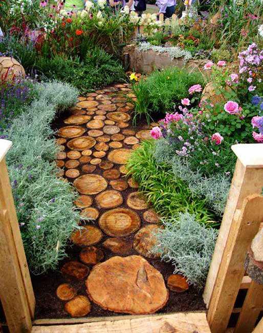 Простые дорожки в саду