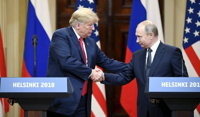 Трамп предстал перед Путиным…