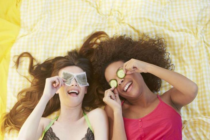чем можно устранить запах чеснока изо рта