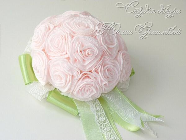 шляпка с цветами для букета