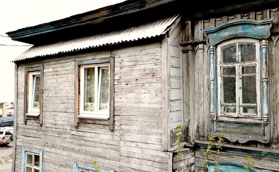 Проданные вместе с домом жил…